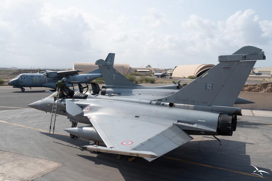 ジブチでのラファール(イまげq:フランス航空宇宙軍)