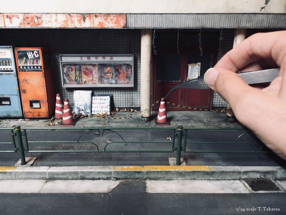 昭和のノスタルジックな建物 まさかのジオラマ造形に驚き