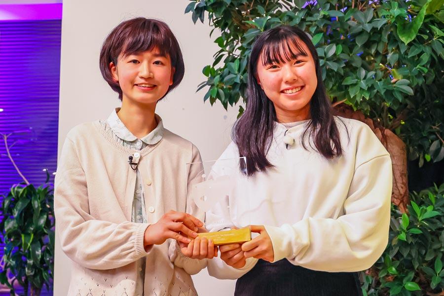 チームMSWの原留千依さんと久原彩花さん