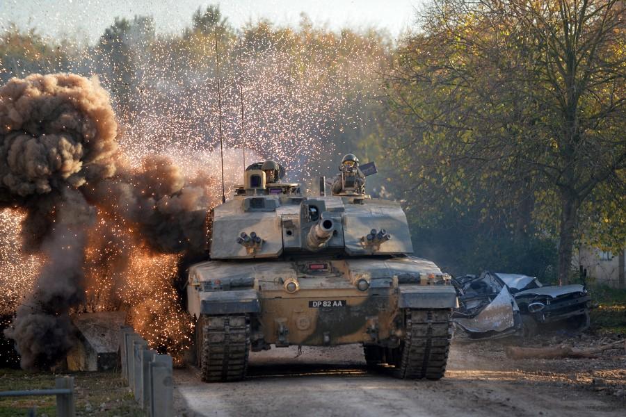 イギリス陸軍のチャレンジャー2戦車(Image:Crown Copyright)