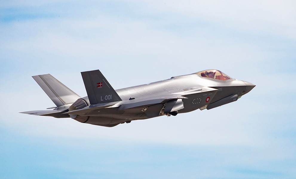 離陸したデンマーク向けF-35A1号機(Image:Lockheed Martin)