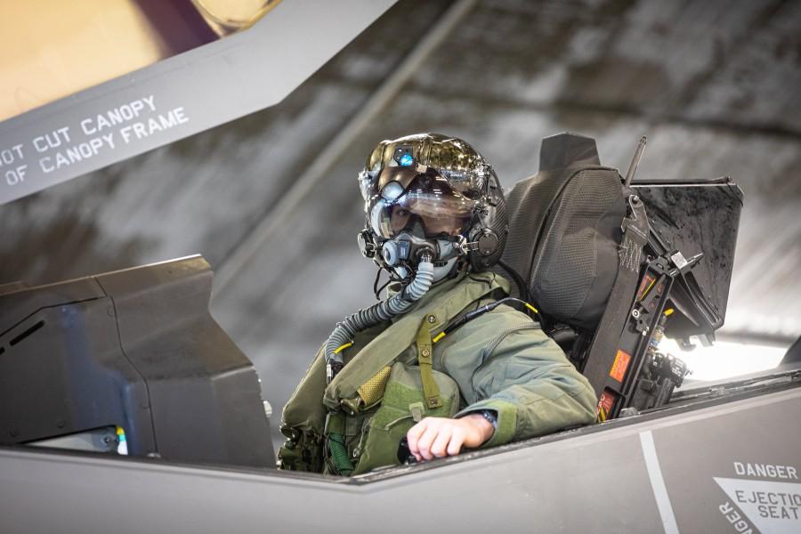 F-35のパイロット(Image:ノルウェー空軍)