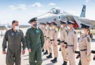 イスラエルを初訪問したイギリス空軍のウィグストン参謀総長(Image:Crown Copyright)