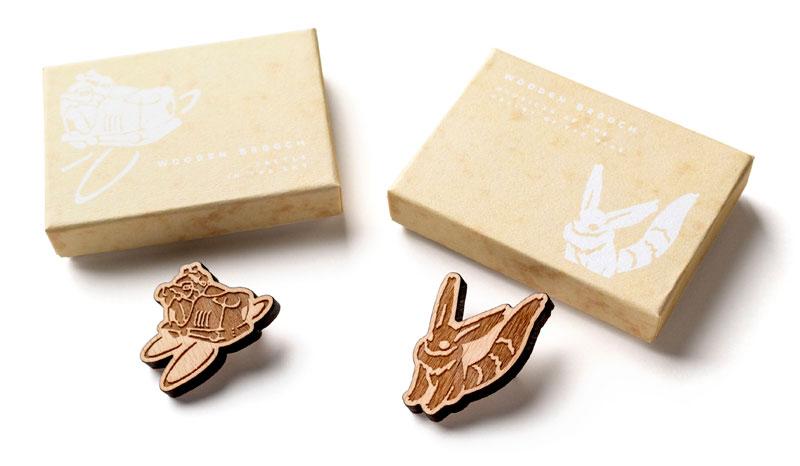 木製ブローチ(各税込1320円)