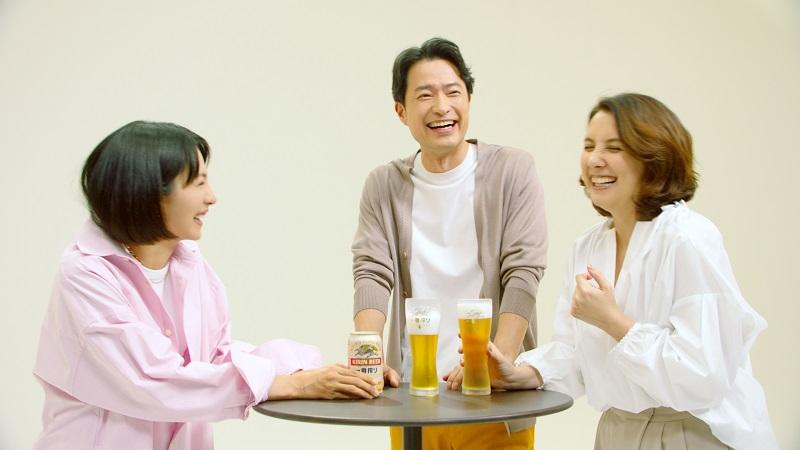 前川泰之さん・政井マヤさん夫妻