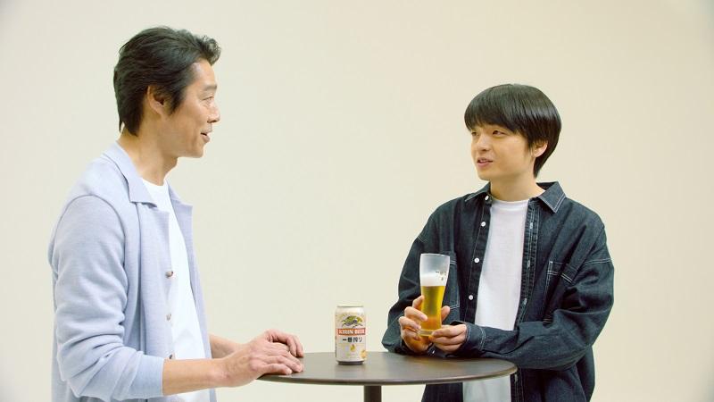 緊張した表情で始まった堤さんと岡山さんとのトーク