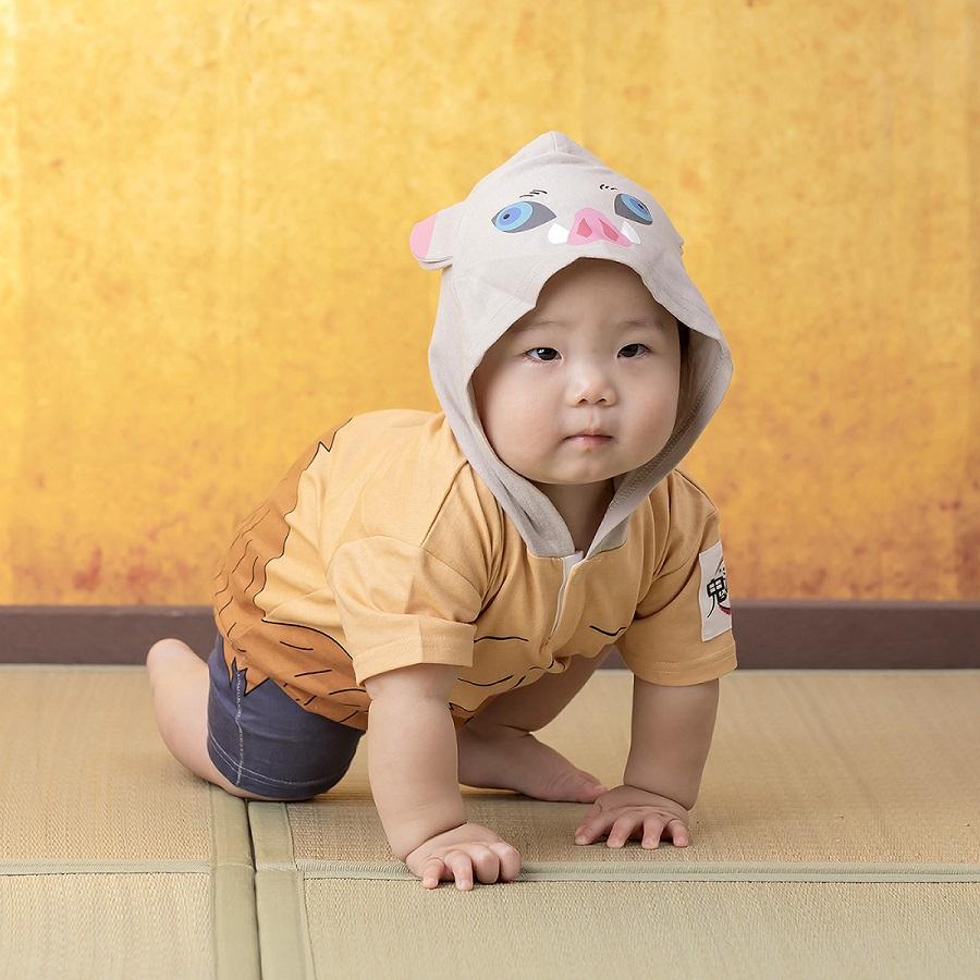 対象年齢は0~2歳、サイズは70・80・90cmの3種類。子どもたちが着て楽しい、大人たちが見て楽しい商品に仕上がっているそうです。