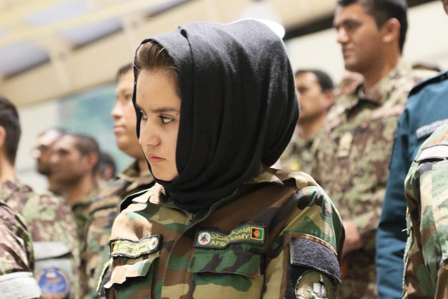アフガニスタン軍の女性士官候補生(Image:アメリカ国防総省)