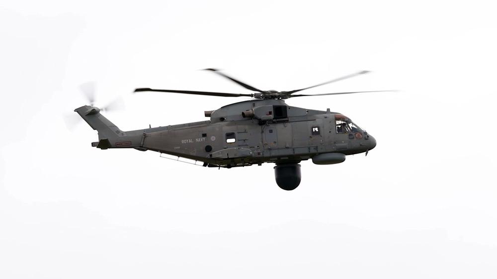 レーダーを胴体下面に移動させたマーリンMk2・クロウズネスト(Image:Crown Copyright)