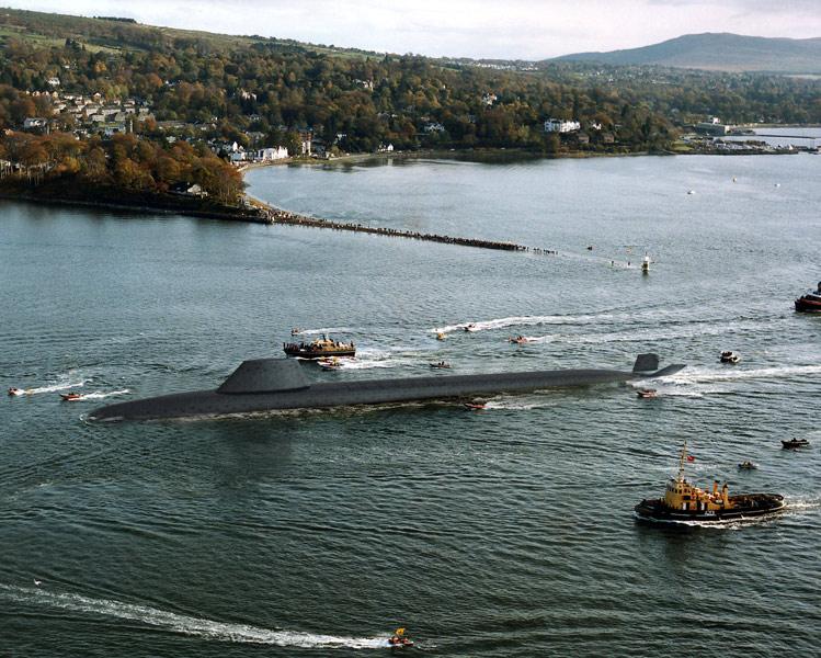 イギリス海軍の弾道ミサイル原潜ヴァンガード(Image:Crown Copyright)