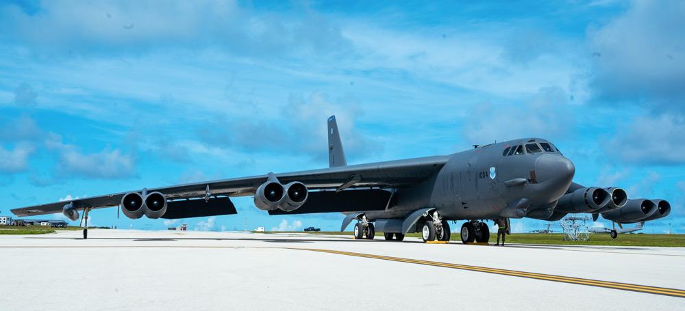 バークスデール空軍基地より飛来したB-52H(Image:USAF)