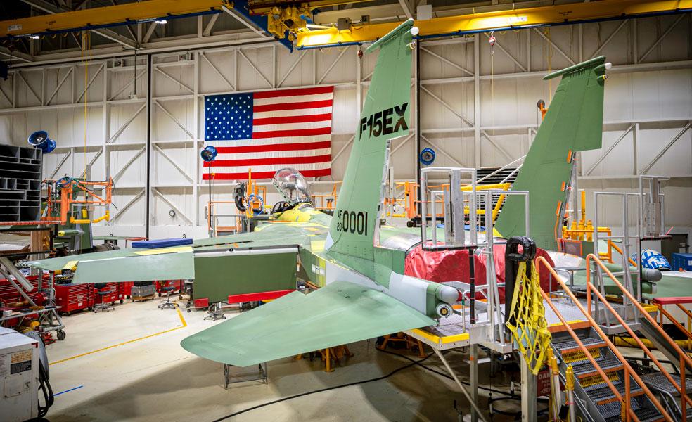 製造中のF-15EXイーグルII(Image:USAF)