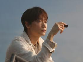 ロッテ「カカオの恵み」の新CMに綾野剛が出演