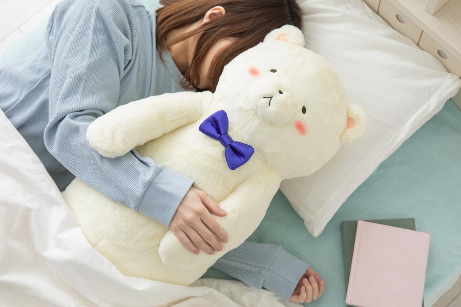 抱き枕としてギュッと抱き着くにもちょうどいいサイズ感