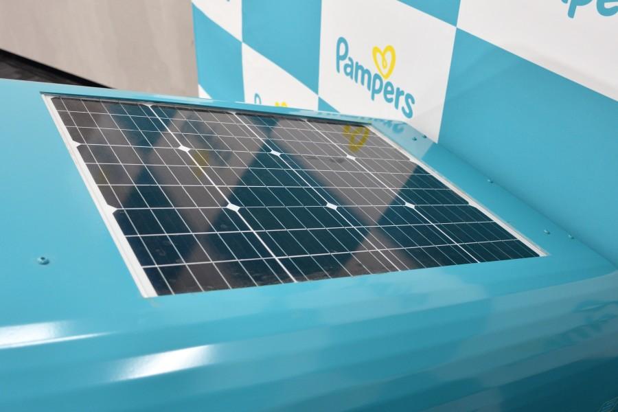 おむつ回収ボックス天面の太陽電池
