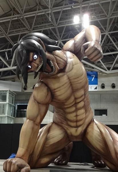 キャラクター特大フィギュア