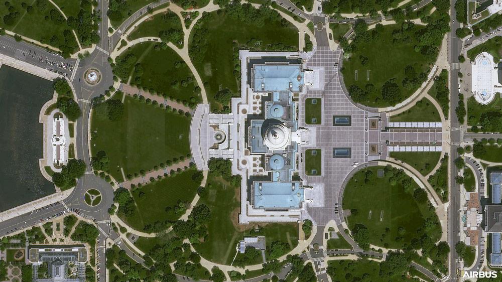 プレアデス・ネオ3号機が撮影したホワイトハウスと連邦議会議事堂(Image:Airbus)