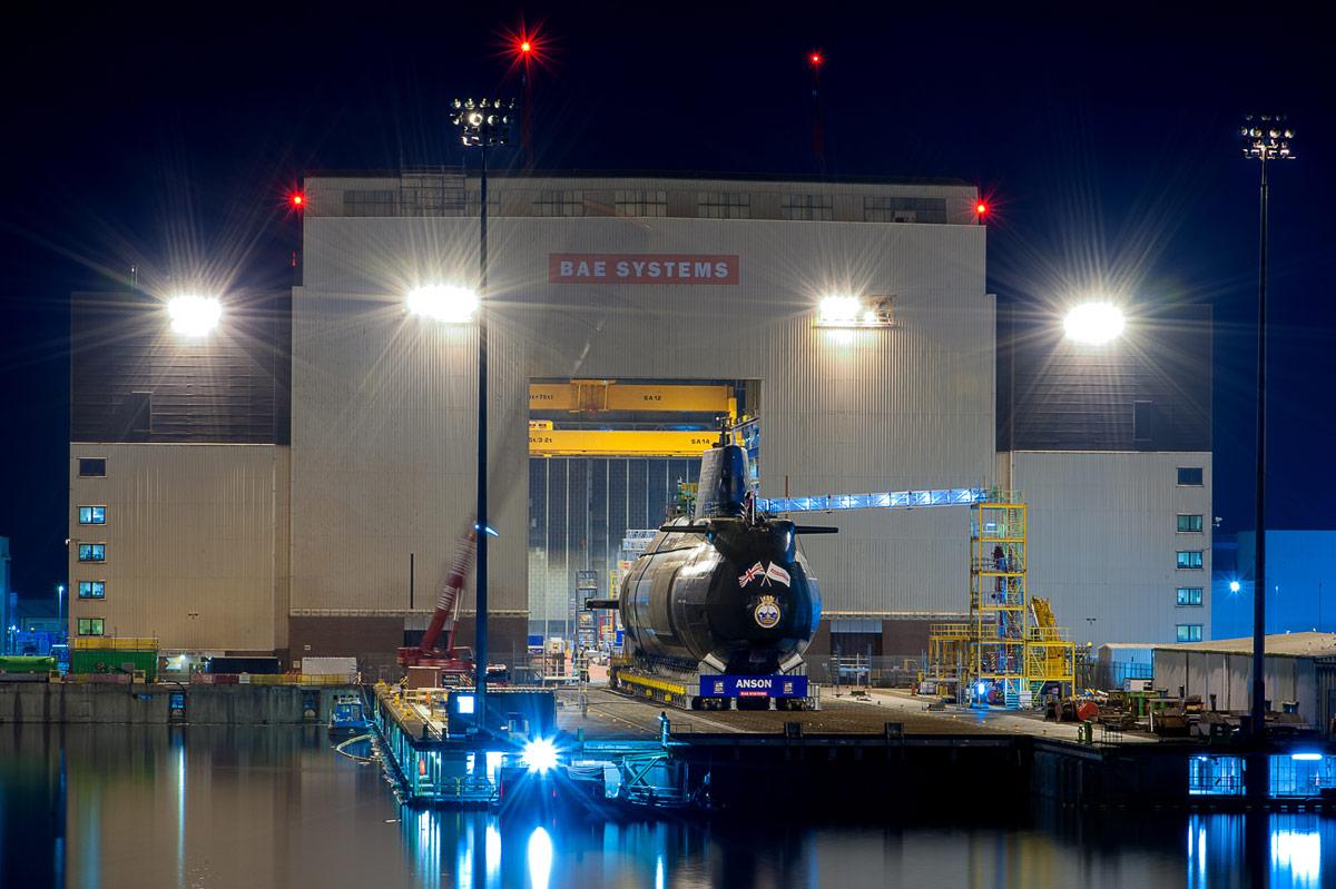 夜になっても作業は続く(Image:BAE Systems)