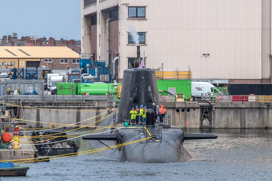 移動した潜水艦アンソン(Image:BAE Systems)