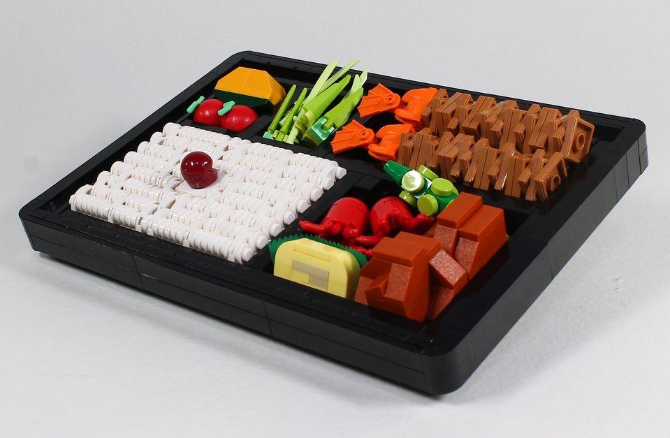 他にも弁当など、もはや「なんでもあり」ともいえるMokoさんの作品群。