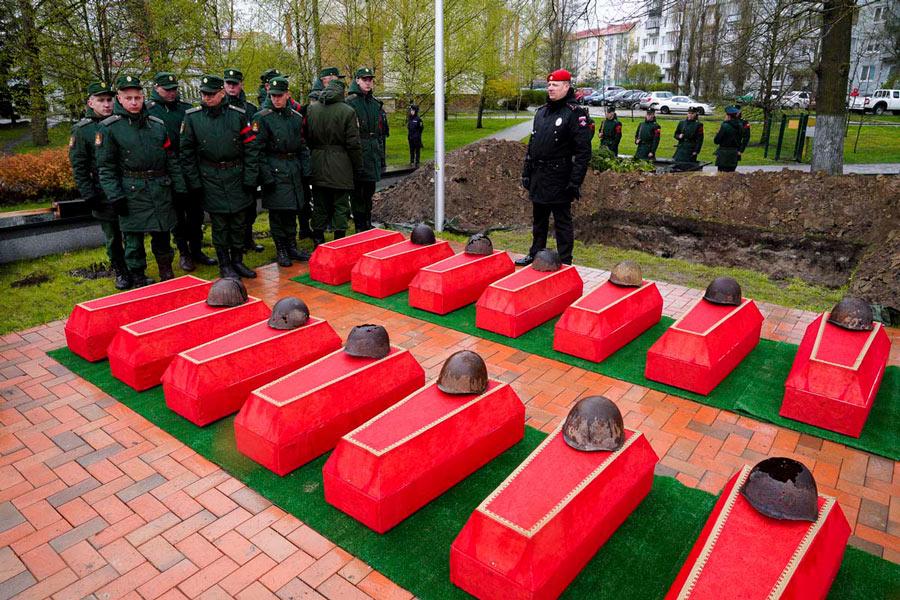 カリーニングラードで改装される戦没者の遺骨(Image:ロシア国防省)