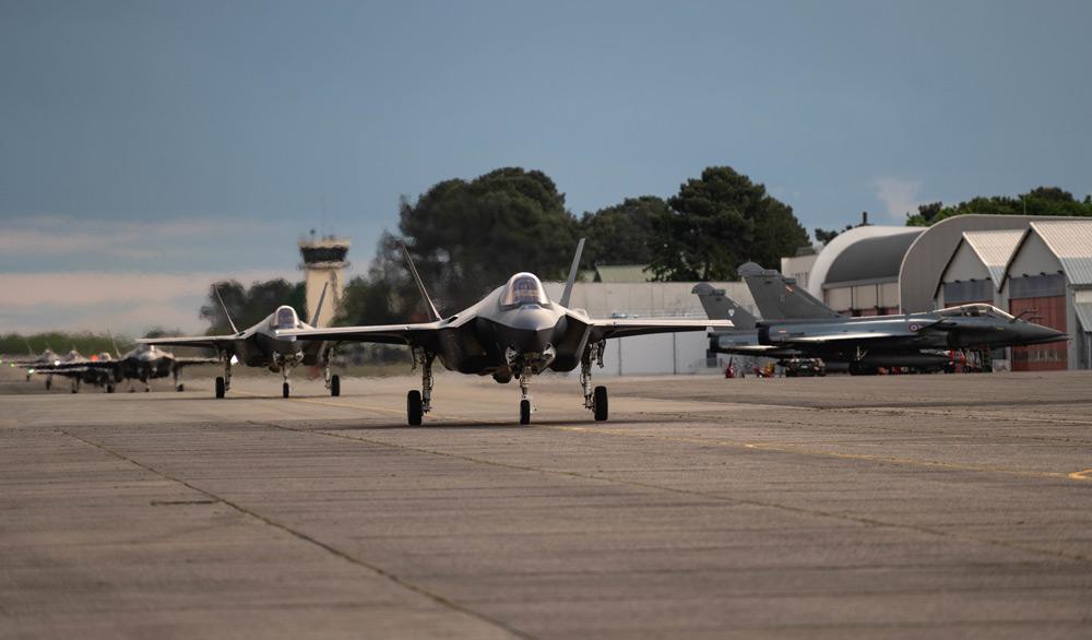 ヒル空軍基地からフランスに到着したF-35A(Image:USAF)