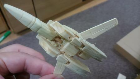 仕事で使用した木材で余った廃材で製作したという投稿者。