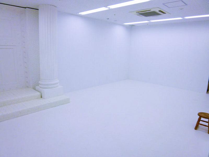 文字通り「真っ白」な一室