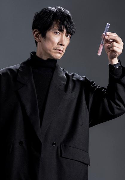 佐々木が演じるのはシリーズ史上最大最強の敵となる加賀野亘