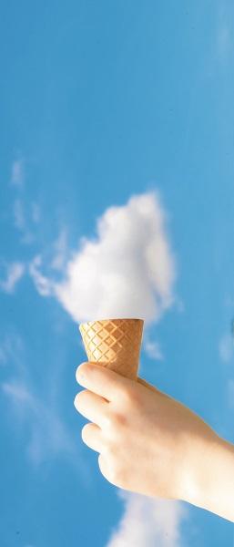 ソフトクリームに見立てた雲