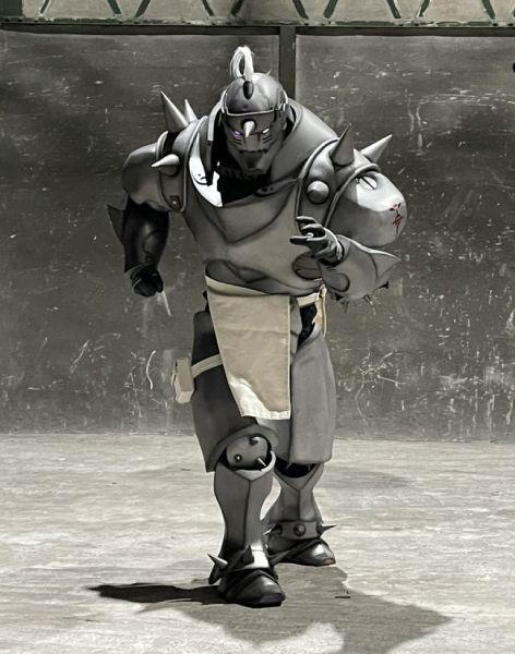日本のアニメ作品のコスプレ活動もされる中隊長さん。代表作が「鋼の錬金術師」のアルフォンス。