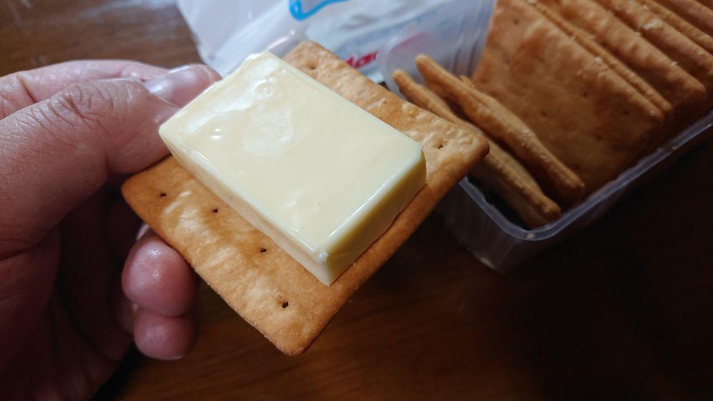 まずはチーズとの組み合わせ。