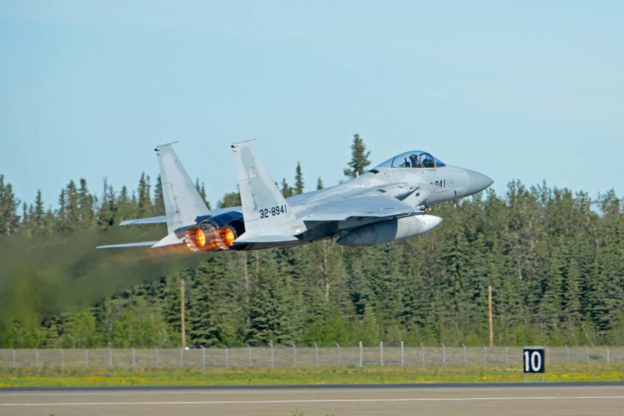 「レッドフラッグ・アラスカ21-2」で離陸する第304飛行隊のF-15J(Image:USAF)