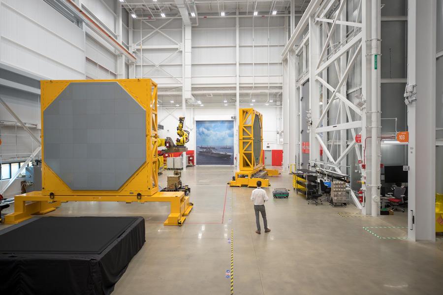 AN/SPY-6(V)1の製造施設(Image:Raytheon Missiles & Defense)