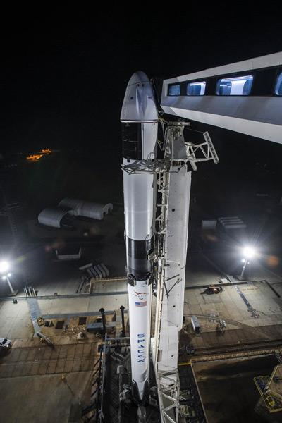 今回はロケットもカプセルも新品(Image:SpaceX)
