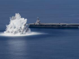 空母フォードの水中衝撃試験(Image:U.S.Navy)