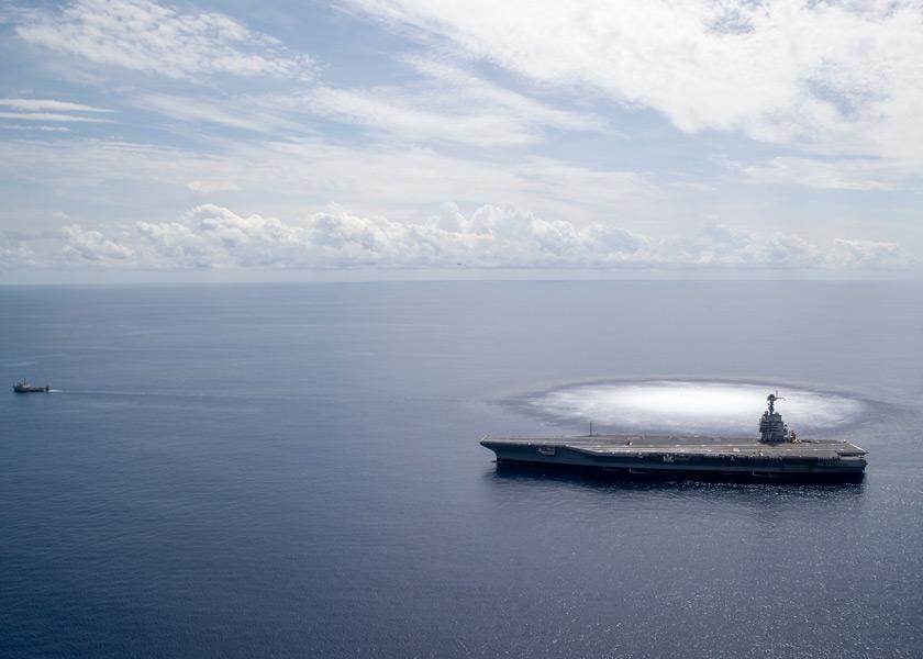 空母フォードの右舷で水中爆発(Image:U.S.Navy)