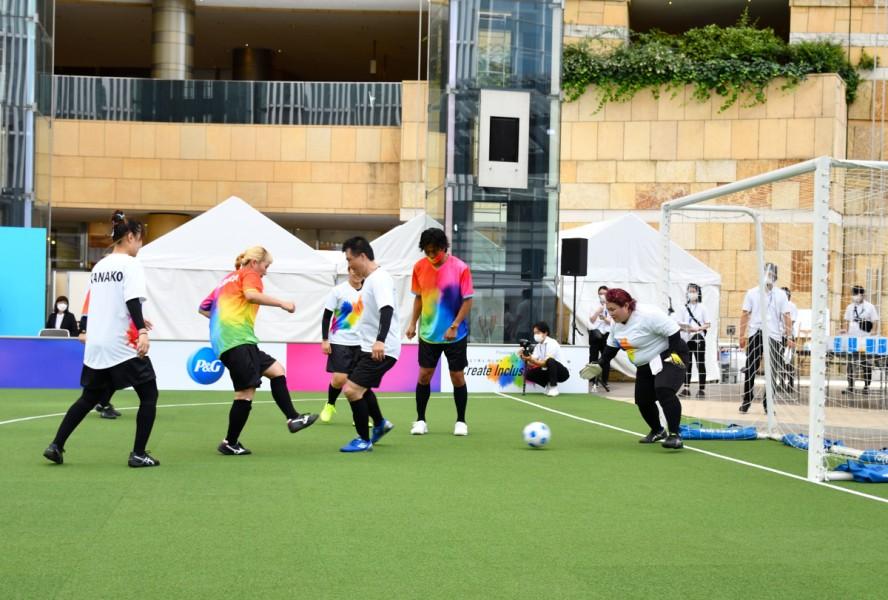 「インクルーシブ」なサッカーを全員が楽しむ