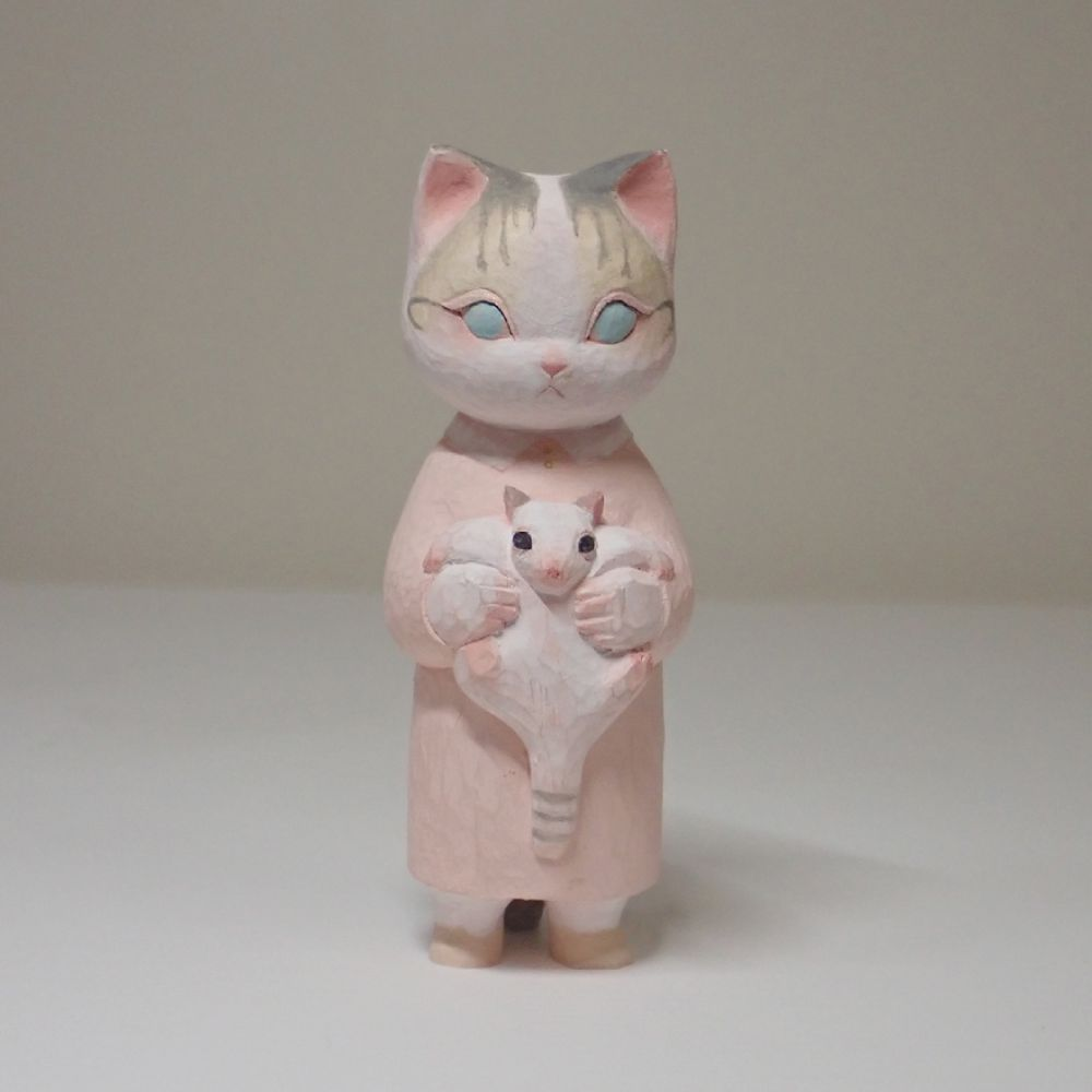 愛猫のありのままの姿を反映 木彫り猫の作品投稿に3万いいね