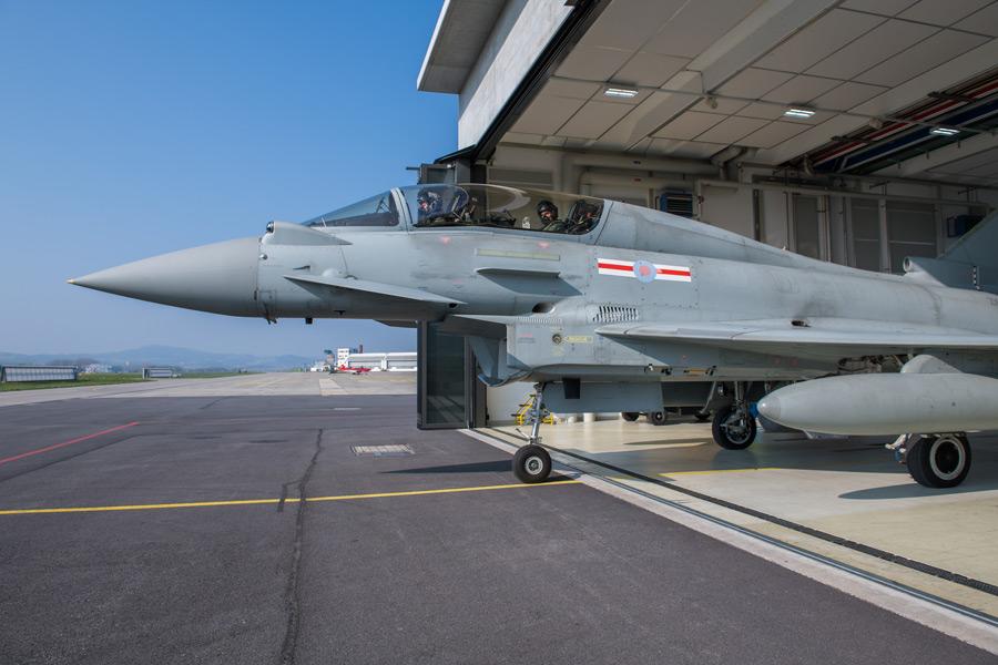 スイス空軍の評価試験を受けるユーロファイター(Image:スイス連邦防衛・国民保護・スポーツ省)