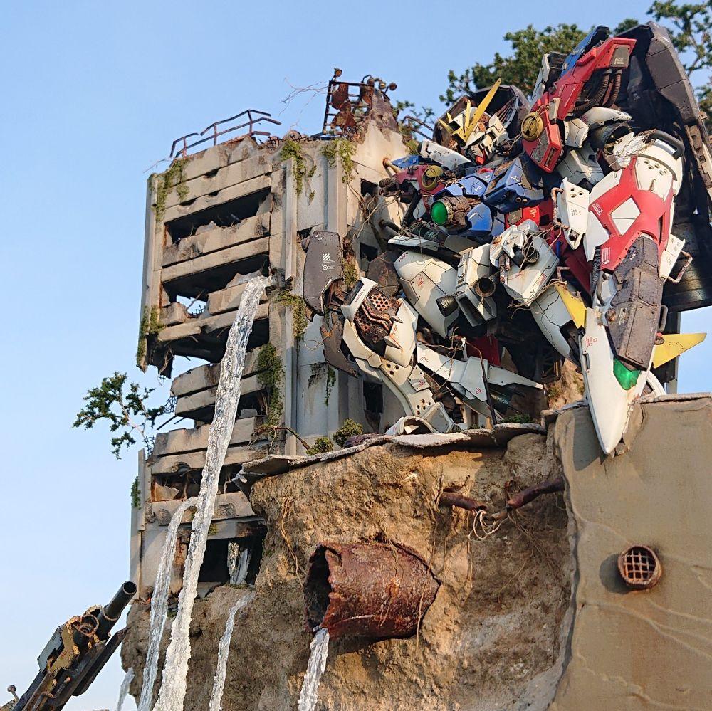 構想は3年前 自身のモデラースキルを上げながら作り上げた「廃墟に佇むウイングゼロのジオラマ」が息をのむ美しさ