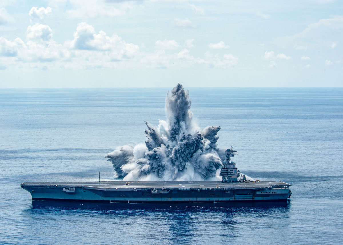 空母フォード3回目の水中爆発耐久試験の様子(Image:U.S.Navy)