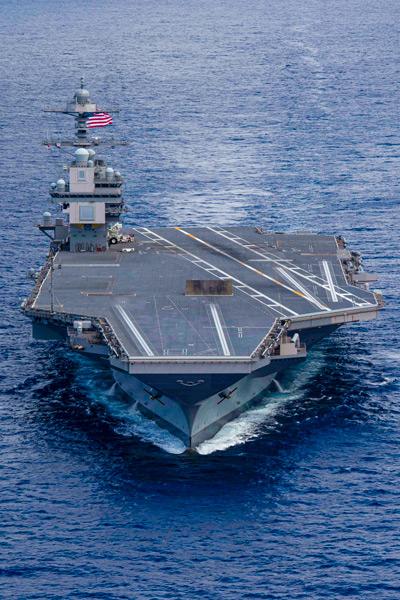 試験海域へと航行する空母フォード(Image:U.S.Navy)