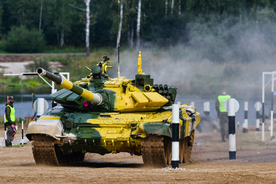 「戦車バイアスロン世界選手権2021」レースの様子(Image:ロシア国防省)