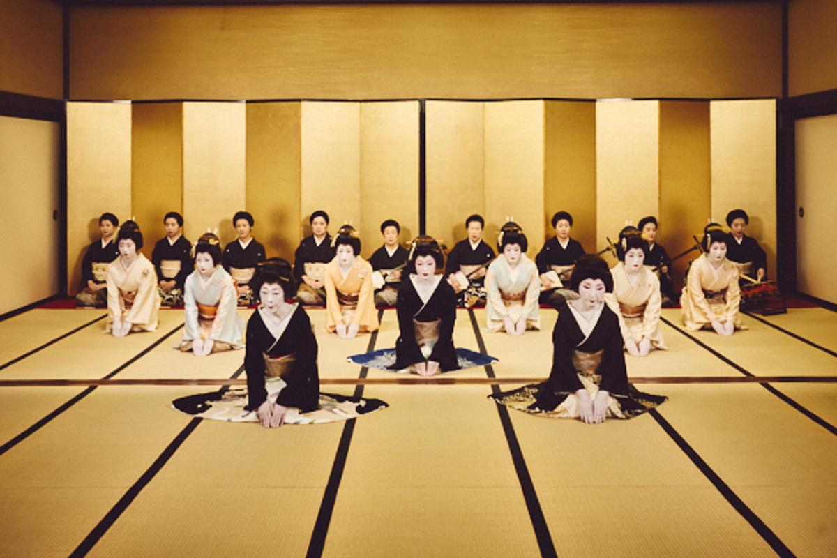 新橋芸者の晴れ舞台「東をどり」2年ぶりに開催 映像とライブで一流の芸を披露