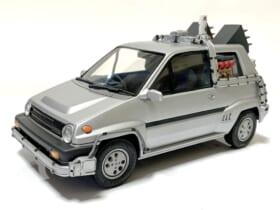 往年の名車「ホンダ・シティ ターボ2」をデロリアンのファンアートにしたモデラーの投稿が反響。