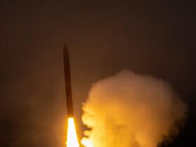 発射される迎撃ミサイル(Image:アメリカミサイル防衛局)