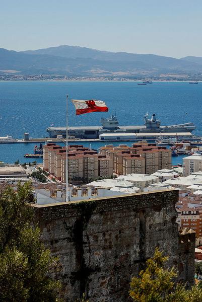 ジブラルタルを訪れたプリンス・オブ・ウェールズ(Image:Crown Copyright)