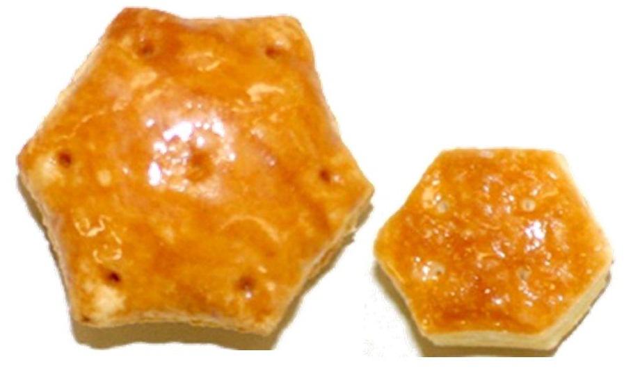 通常のパイの実の約3倍(標準重量比較)の重さ