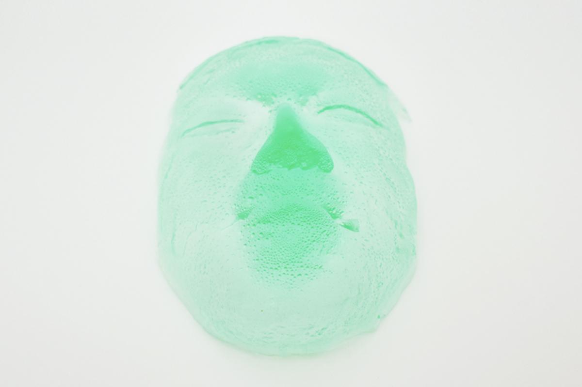 あなたの顔が実寸大の「仮面キャンディ」に!パパブブレのハロウィン企画第2弾